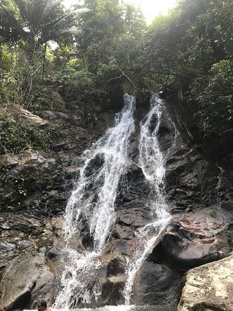 ‪Sai Rung Waterfall‬