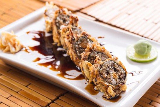 Restaurante Mangostin : HOT ROLL SUSHI FUJI