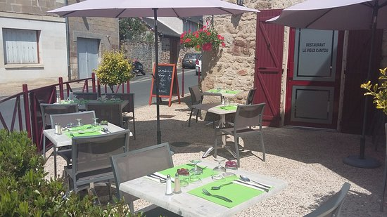 Cublac, France: Terrasse