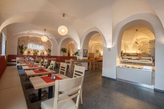 Elsterwerda, เยอรมนี: Cafe & Restaurant im Kreuzgewölbe