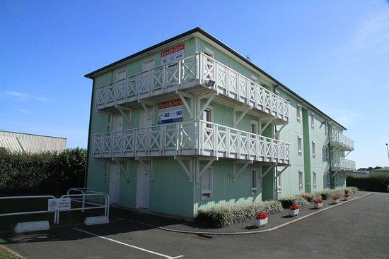 Fasthotel Caen Memorial Photo
