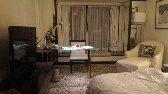 Regal Kowloon Hotel: TA_IMG_20161214_223842_large.jpg