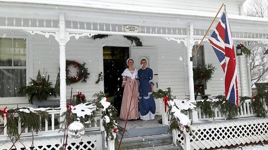 """Ridge House Museum: Porch awarded prize for """"Victorian Elegance"""" in Festive Doors Competition"""