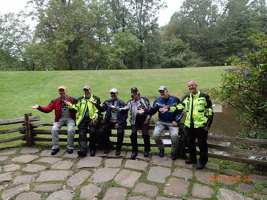 Seagrove, NC: Motorcycle Riding Group