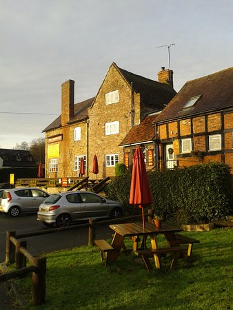 Cleobury Mortimer, UK: The Crown Inn at Hopton Wafers