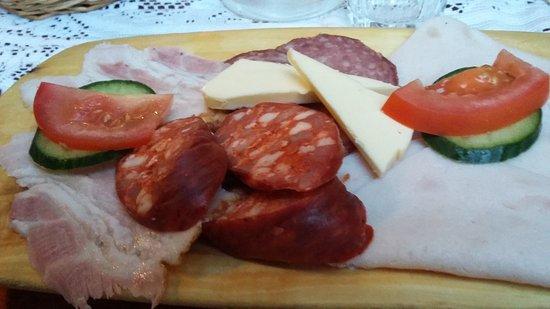 Slovenska Restauracia: Sloenska Restauracia