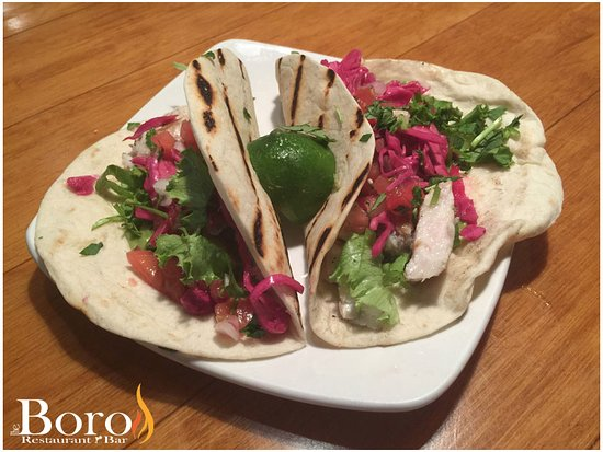 Swansboro, Carolina del Norte: Our Mahi-Mahi Tacos.