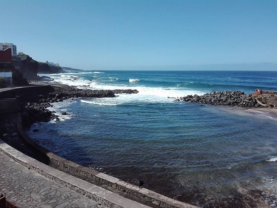 Picture of natural pool castle bajamar for Piscina natural tenerife