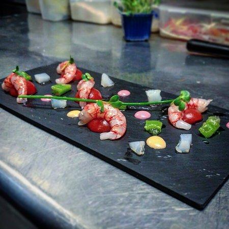 Nassa Osteria di Mare : Gambero rosso siciliano, bloodymary e gelatina di vodka e sedano