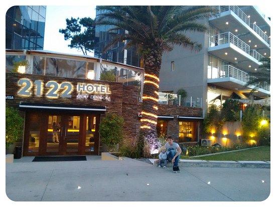 2122 Hotel Art Design: Frente