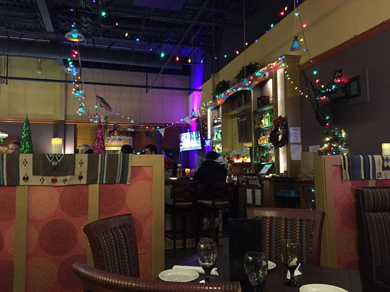 Falmouth, Μέιν: Holiday decorations at the bar