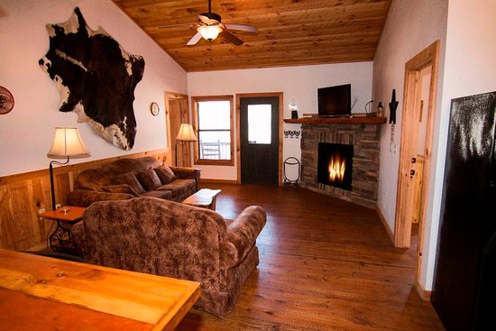 Lonestar 1 - Living Room Queen sleepr sofa, Gas fireplace ...