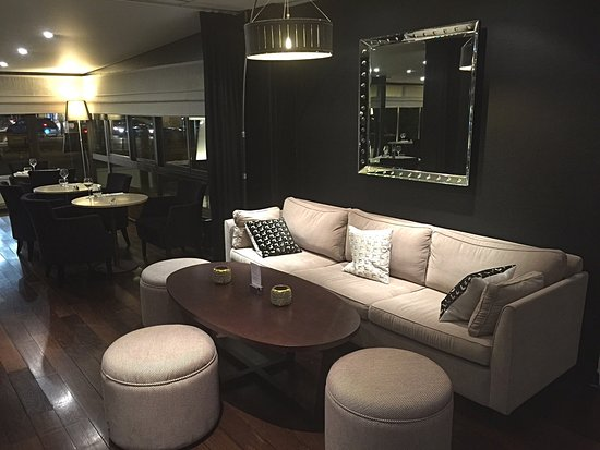 Saint-Cloud, France : Lounge