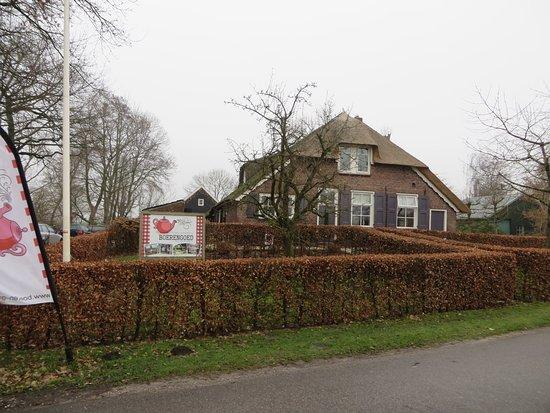 Oosterwolde, Hollanda: Voorzijde Theeschenkerij Boerengoed, ingang is aan achterzijde
