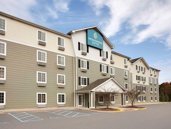 WoodSpring Suites Manassas