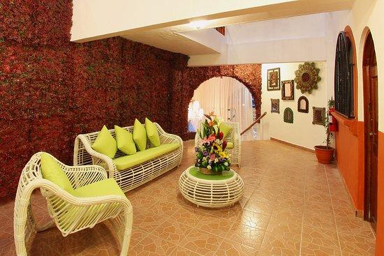 Elegant El Patio Hotel U0026 Suites