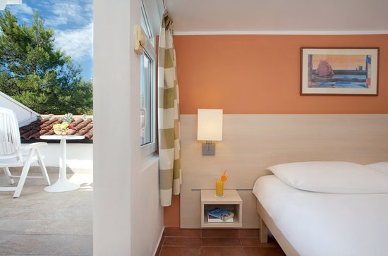 Tar, Croatia: Valamar Club Tamaris Superior Single Room with Balcony