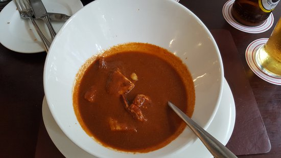 Thorn Tree Cafe: Tomato soup with chunks of fish