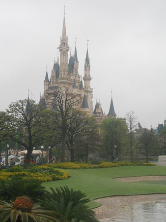 View Of Cinderella S Castle From Tomorrowland Picture Of Tokyo