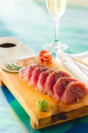 DCO Suites, Lounge & Spa : Sashimi de atun .