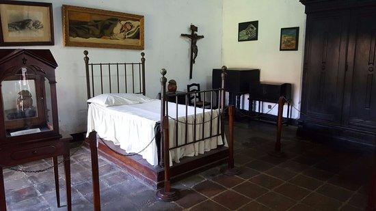Museo Ruben Dario: One of the bedrooms.