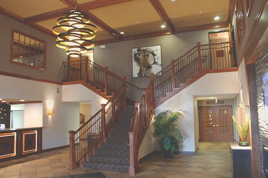 BEST WESTERN PREMIER Bridgewood Resort Hotel: Lobby