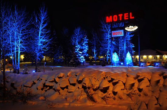 Motel des Cascades: Vue hivernale du motel