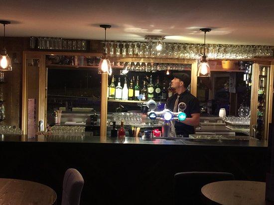 Bar intérieur - Picture of O\'PB Combloux, Combloux - TripAdvisor
