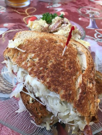 Reedsport, Oregón: My Rueben Sandwich