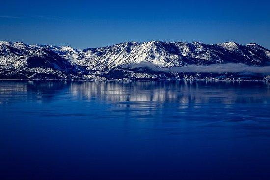HeliTahoe: deep blue