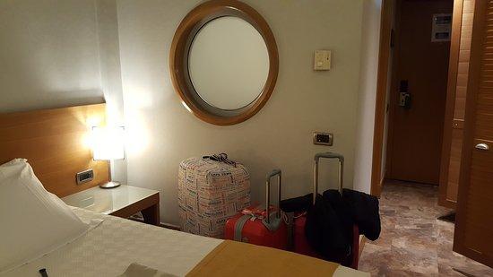 The Athenian Callirhoe Exclusive Hotel: habitacion