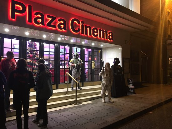 Plaza Cinema: Well Plaza. Once again, giving us geeks the chance to enjoy Star Wars as soon as it comes out.