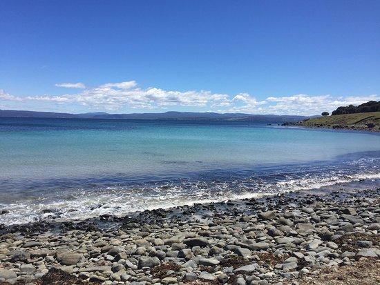 Tasmania, Australia: clear beaches