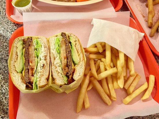 โรสมีด, แคลิฟอร์เนีย: Rick's Hamburger