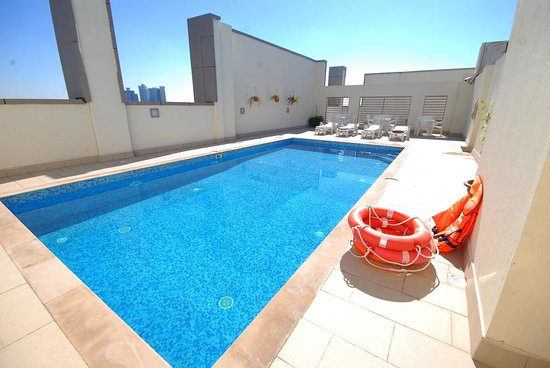 Ramee rose hotel apartments updated 2017 apartment reviews price comparison abu dhabi for Swimming pool offers in abu dhabi