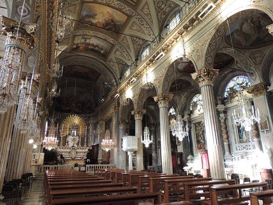 Chiesa di Santa Margherita d'Antiochia - Santuario di Nostra Signora della Rosa: Peinture et ornement exceptionnels