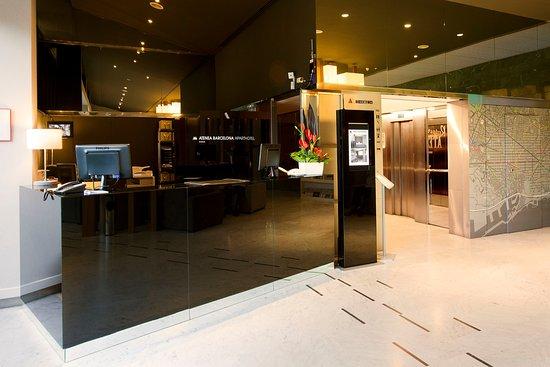 Aparthotel atenea for Appart hotel 08028