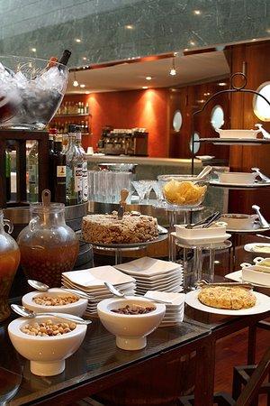 Aparthotel atenea barcelona recenze a srovn n cen for Appart hotel 08028
