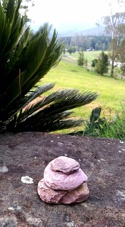 Kenilworth, Australia: Rain rocks I left for the hosts. Hope they work Barb!