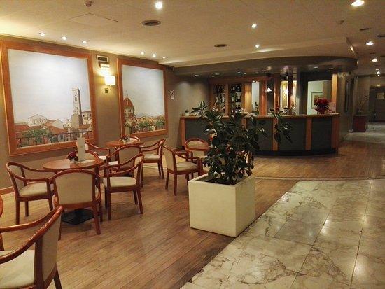 Italiana Hotels Florence : salottino