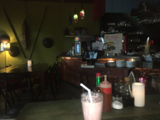 Red Tomato: Nice place to eat