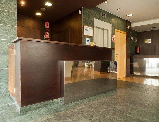 Hotel Exe Puerta de San Pedro: 607571 Lobby