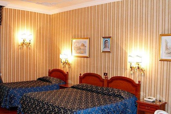 Hotel Sistina: 993658 Guest Room