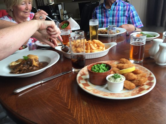 Fox and Hounds: Great Lunch