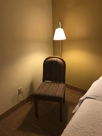 Hampton Inn Raleigh - Capital Blvd. North: Oddly placed chair in room 521