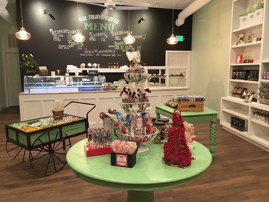 Snow Hill, MD: Olde Town Candy Company