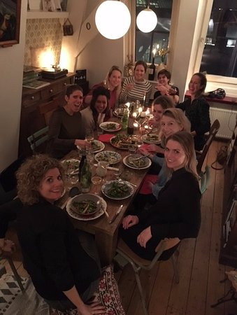 Anne Maike of Casa Curiosa: full house in the dining room