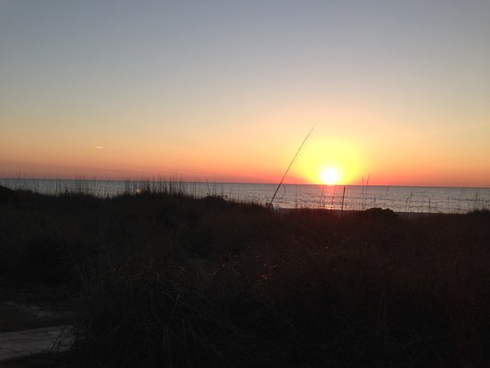 Gulf Sands Beach Resort: Beach view from Gulf Sands Beach Resort