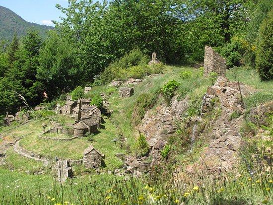 Dompnac, Francja: Vue d'ensemble du village