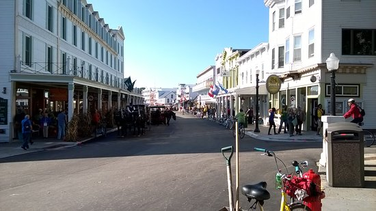 Doud's Market: Doud's On Right At Corner